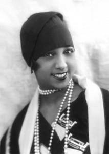 josephine-baker-jazz-pearls